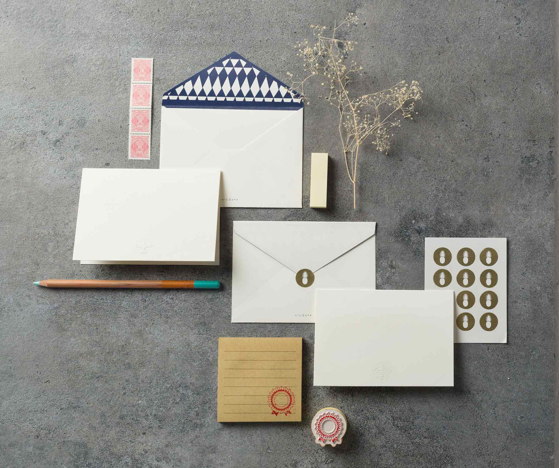 nicobar diwali gift stationery set