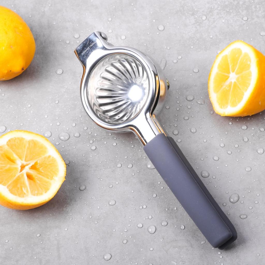 Lemon squeezer kitchen