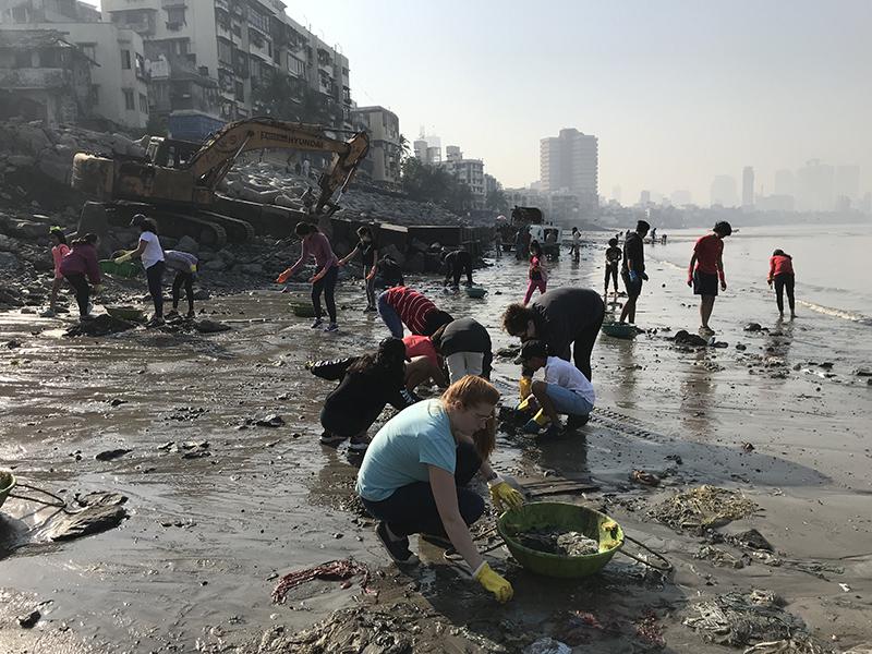 mahim beach cleanup