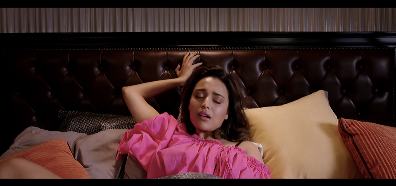 swara bhaskar veere di wedding scene masturbation