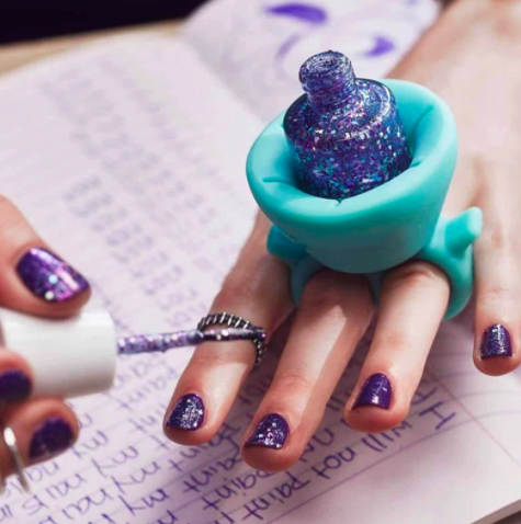 birthday gifts for Aries nail polish
