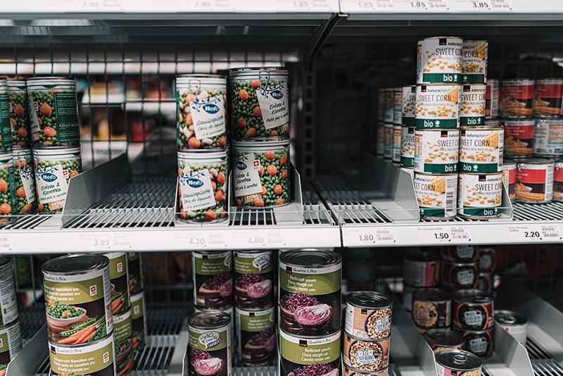 food safety handling groceries coronavirus packaged food