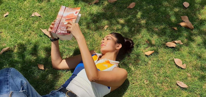 mrunal thakur reading book literary horoscope