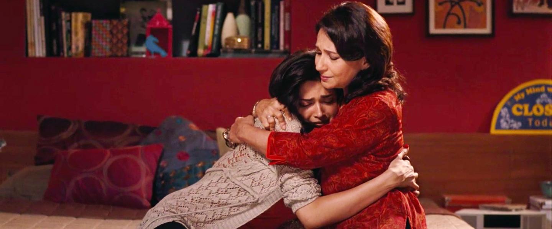 break ke baad film deepika padukone sharmila tagore mother daughter hindi film forgiving your parents
