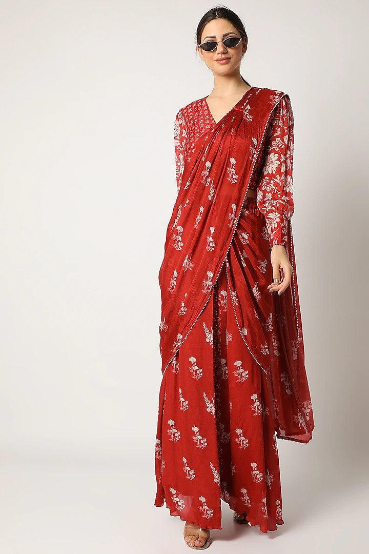 pre-stitched saris red